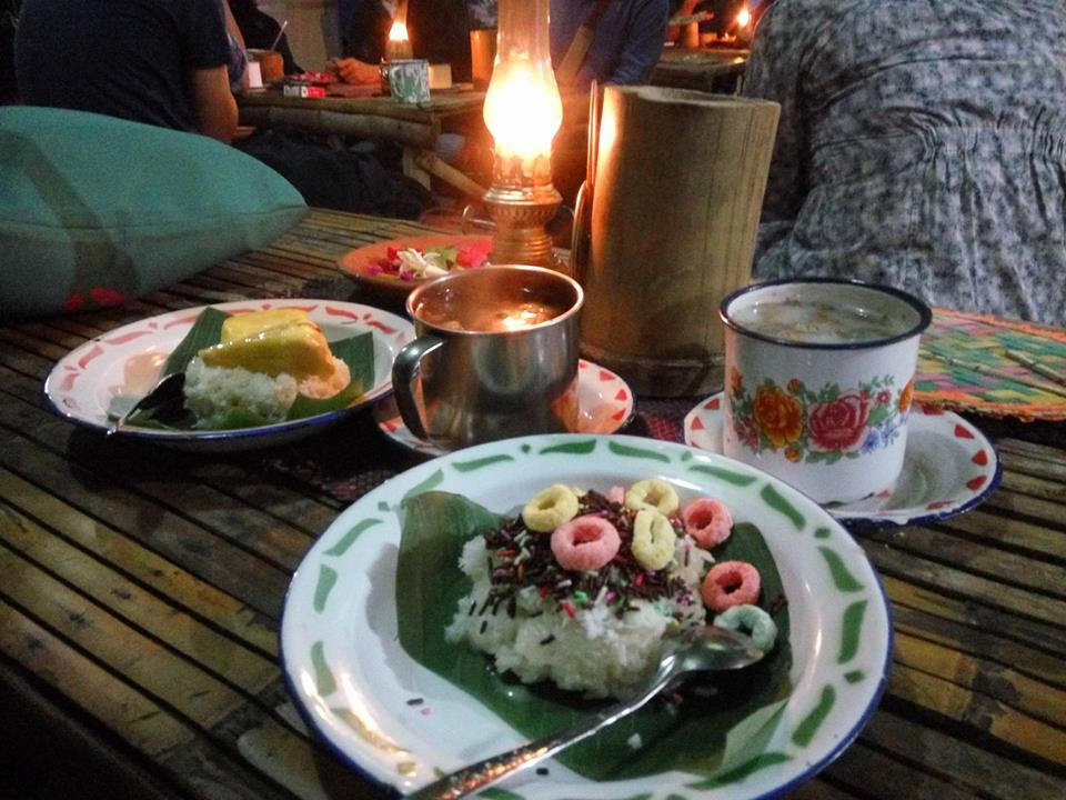 Kedai Ketan Punel Surabaya, Mengingatkan Kampung Halaman