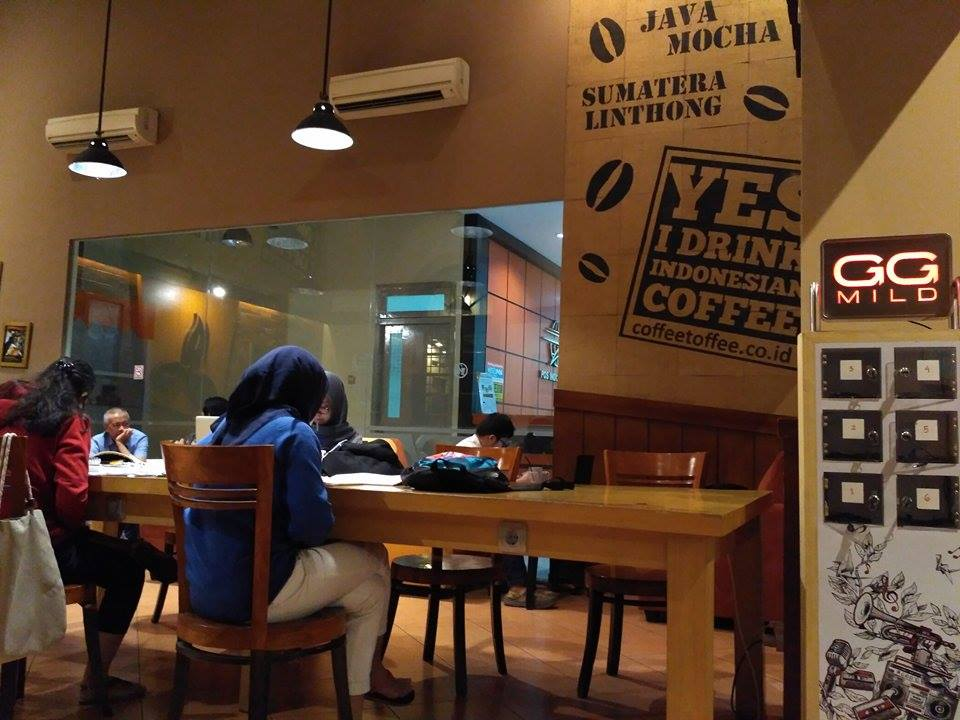 coffe toffee post shop taman apsari surabaya