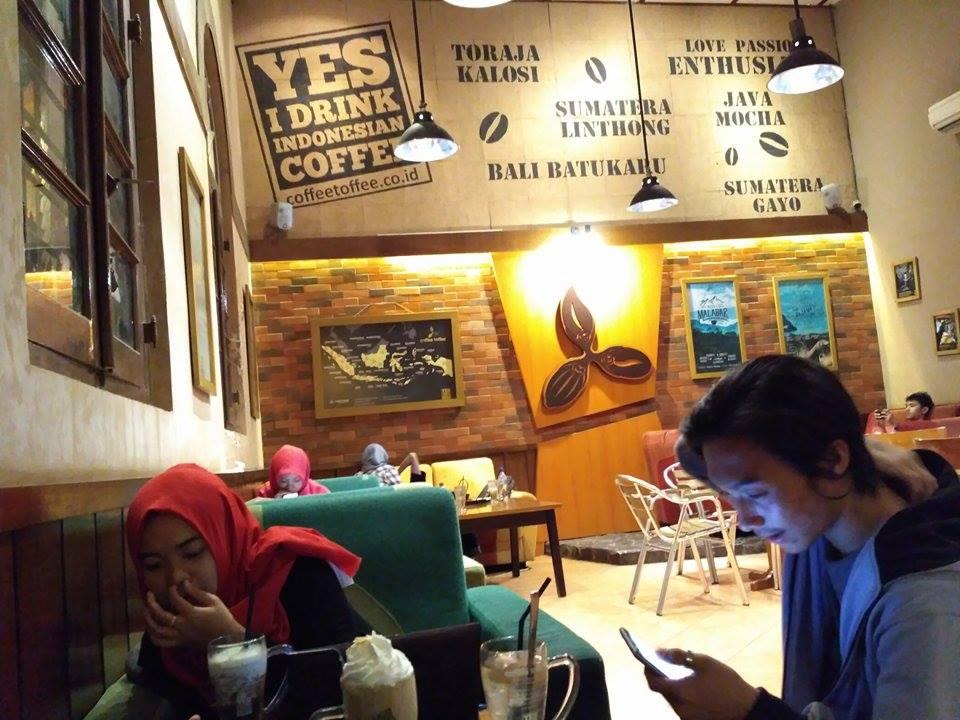 coffe toffee taman apsari surabaya