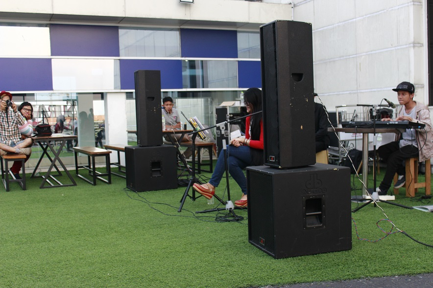 Acoustic di Surabaya North Quay