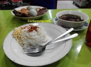 Wisata Kuliner Rawon Setan Surabaya