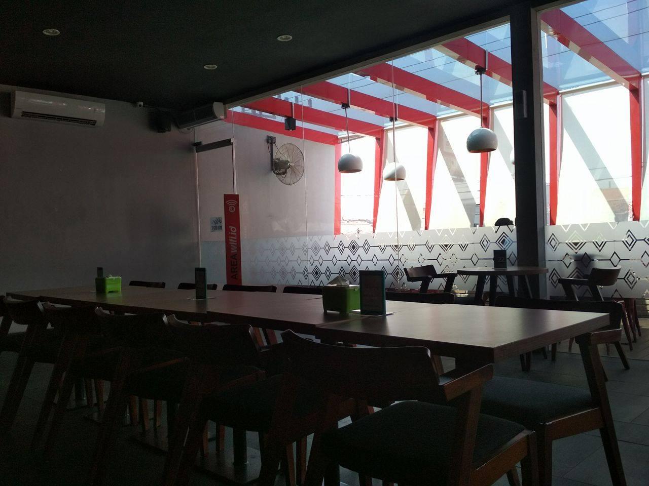 Internet Gratis di Indie Cafe Ketintang Surabaya