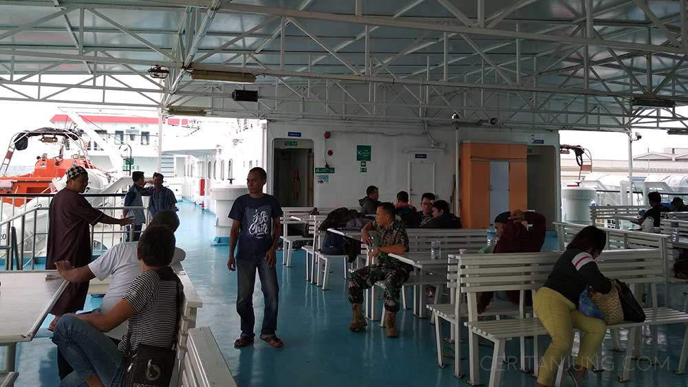Fasilitas Kapal Legundi Surabaya-Lombok Ruang Santai