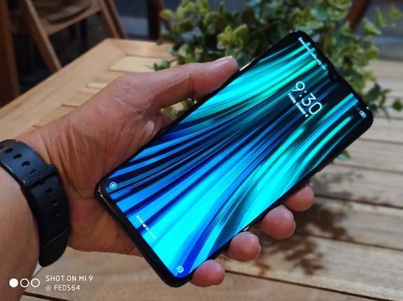 Unboxing Xiaomi Redmi Note 8 Pro Indonesia, dengan Kamera 64 Megapiksel