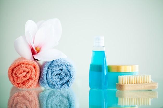 Rekomendasi Parfum Pakaian yang Cocok di Musim Hujan